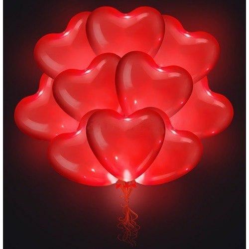 Светящиеся красные сердечки